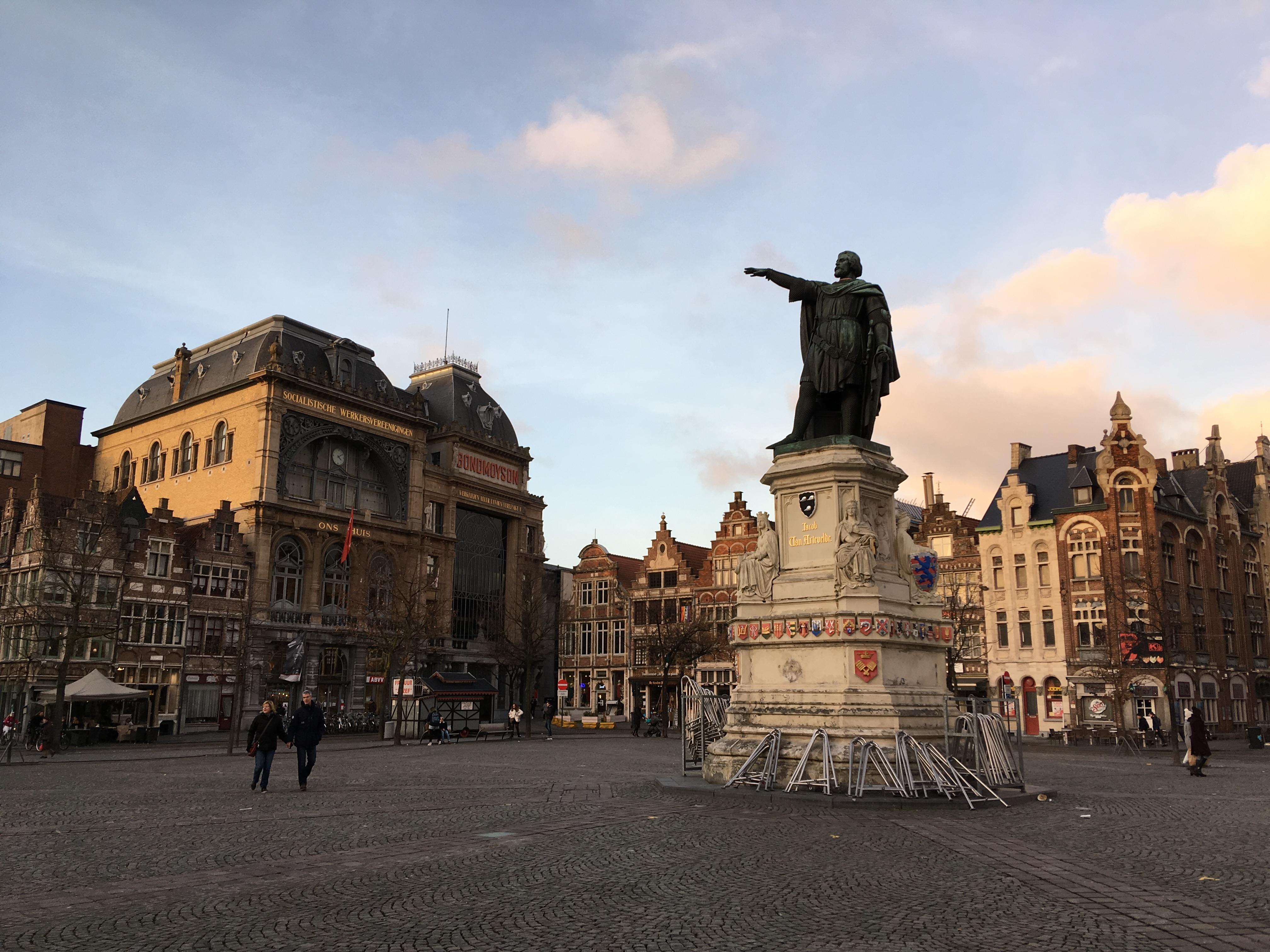 Gent – Grachten, große Türme und ganz viel Licht