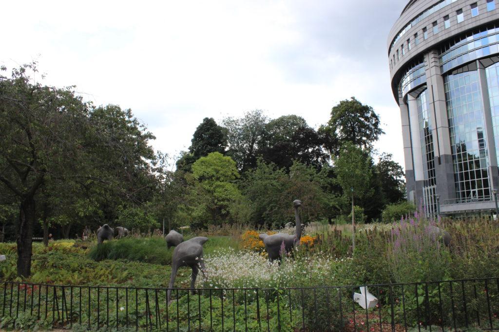 Im Leopoldpark treffen europäische Institutionen auf Erholung