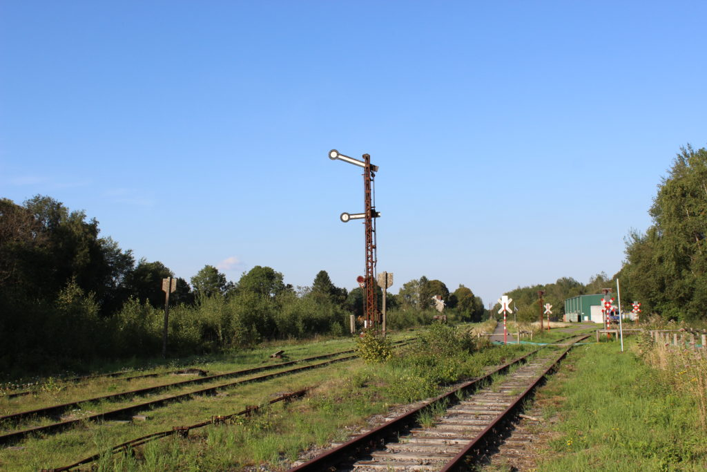 Am Bahnhof von Raeren ist noch vieles der Vennbahn erhalten geblieben.