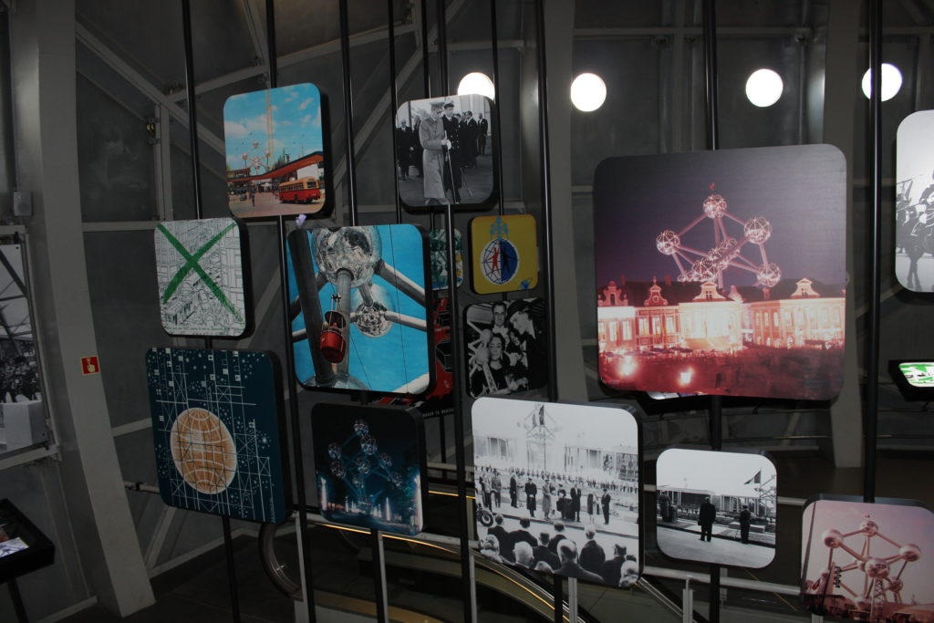 Ausstellung in der untersten Kugel