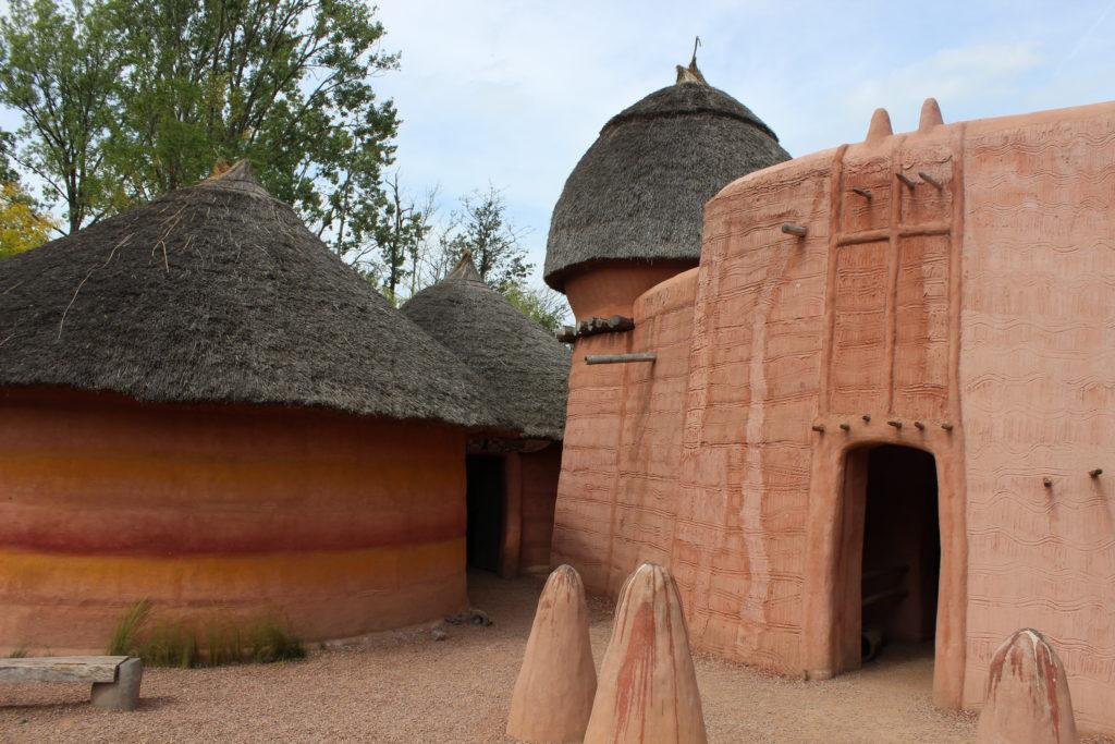 Afrikanisches Lehmdorf