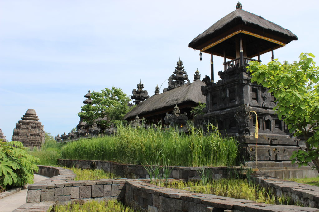 Südostasiatischer Tempel