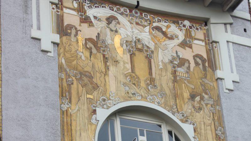 Besonders schöne Jugendstilbauten die man in Brüssel gesehen haben muss.